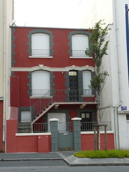 Faade de maison best couleur facade de maison recherche for 11 rue de la maison blanche 44941 nantes